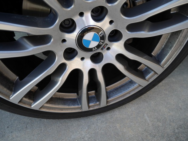 BMWブレーキダスト